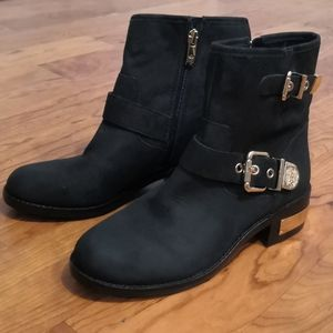 New Vince Camuto black leather ankle boots